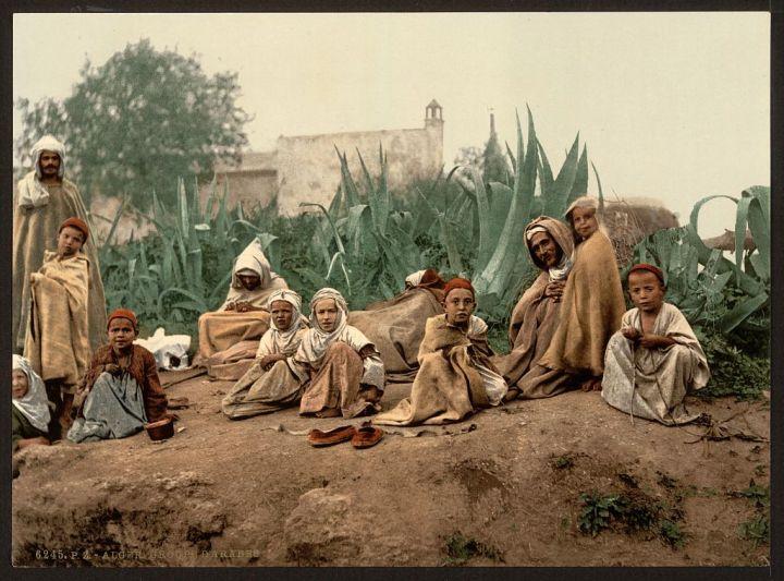 groupe d'Arabes Alger